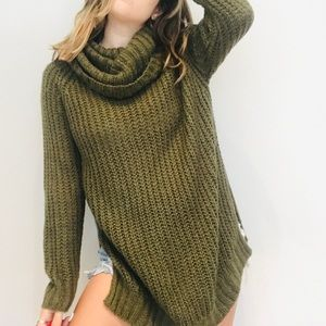 Dreamers army green oversized chunky sweater